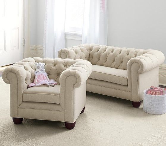 Merveilleux Chesterfield Mini Sofa | Pottery Barn Kids I NEED THESE!