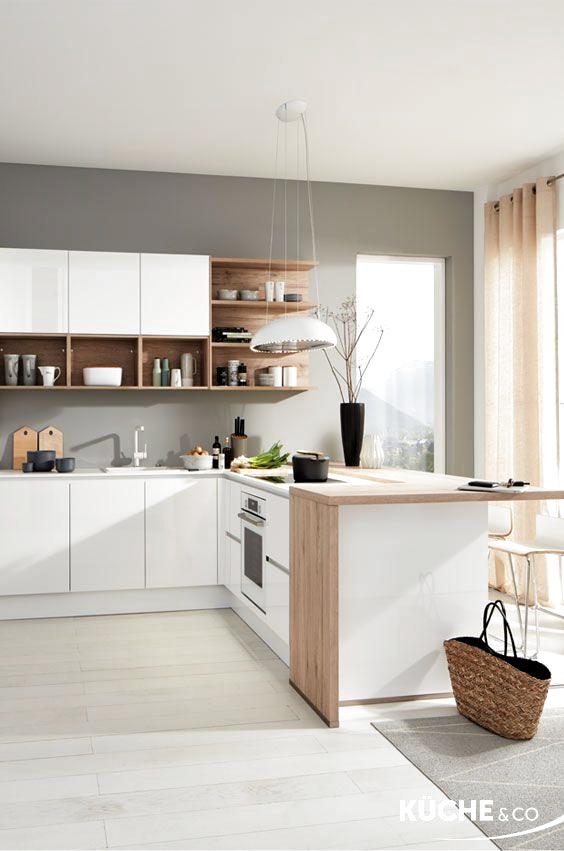 Diese Freundliche Und Helle Kuche Verdankt Ihren Skandinavischen Look Sowohl Dem Praktischen Konzept Als Auch De In 2020 Kitchen Design Modern Kitchen Kitchen Interior