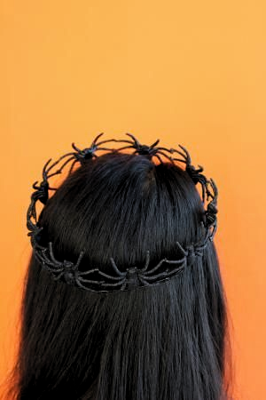 50 Easy Halloween Costumes For Adults: DIY Spider Crown #halloweencostumesforadults #diy #halloween #costumes #for #adults