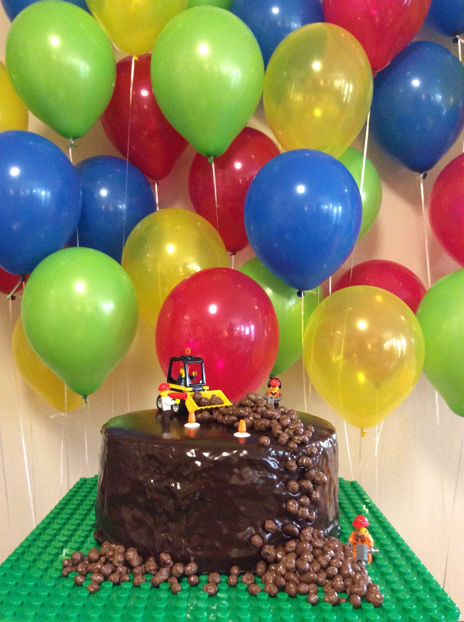 Lego birthday party balloons backdrop Love the colors Birthday