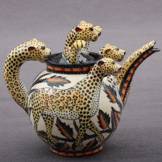 Leopard Tea Pot Sculptor; Lovemore/ Sondelani Ntshalintshali Painter;