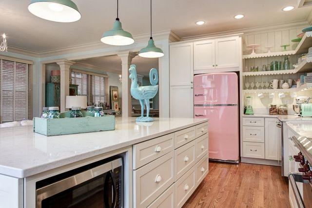 Bosch Oldschool Kühlschrank : Der bosch retro kühlschrank bringt farbe in die küche küche