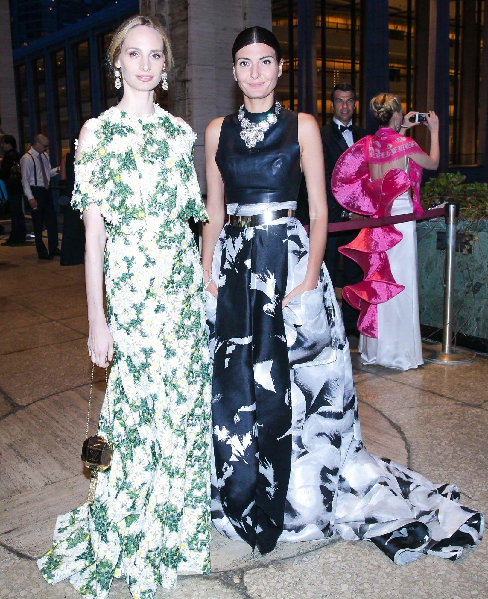 Lauren Santo Domingo in Giambattista Valli Haute Couture and Giovanna Battaglia in Carolina Herrera