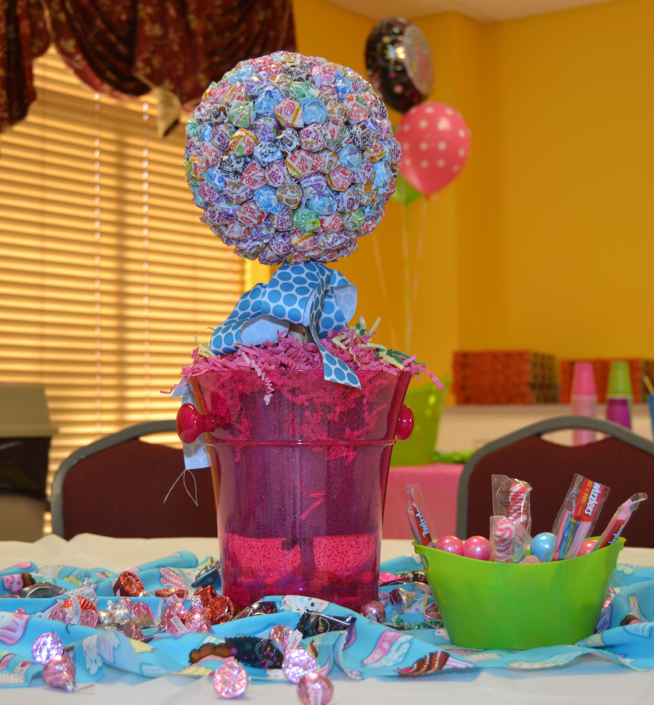 Dum centerpiece for a candy themed sweet
