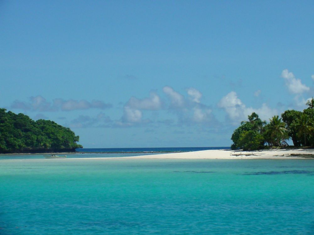 10 Best Islands To Live On For Starting Over