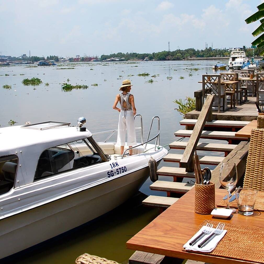 THE DECK Saigon 38 Nguyen U Di, Thao Dien, An Phu, Dist 2. 08 37446632