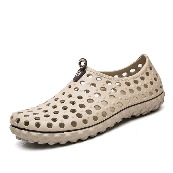 b03e3e99318 Men Hollow Out Sandals Breathable Casual Outdoor Flats - Banggood Mobile