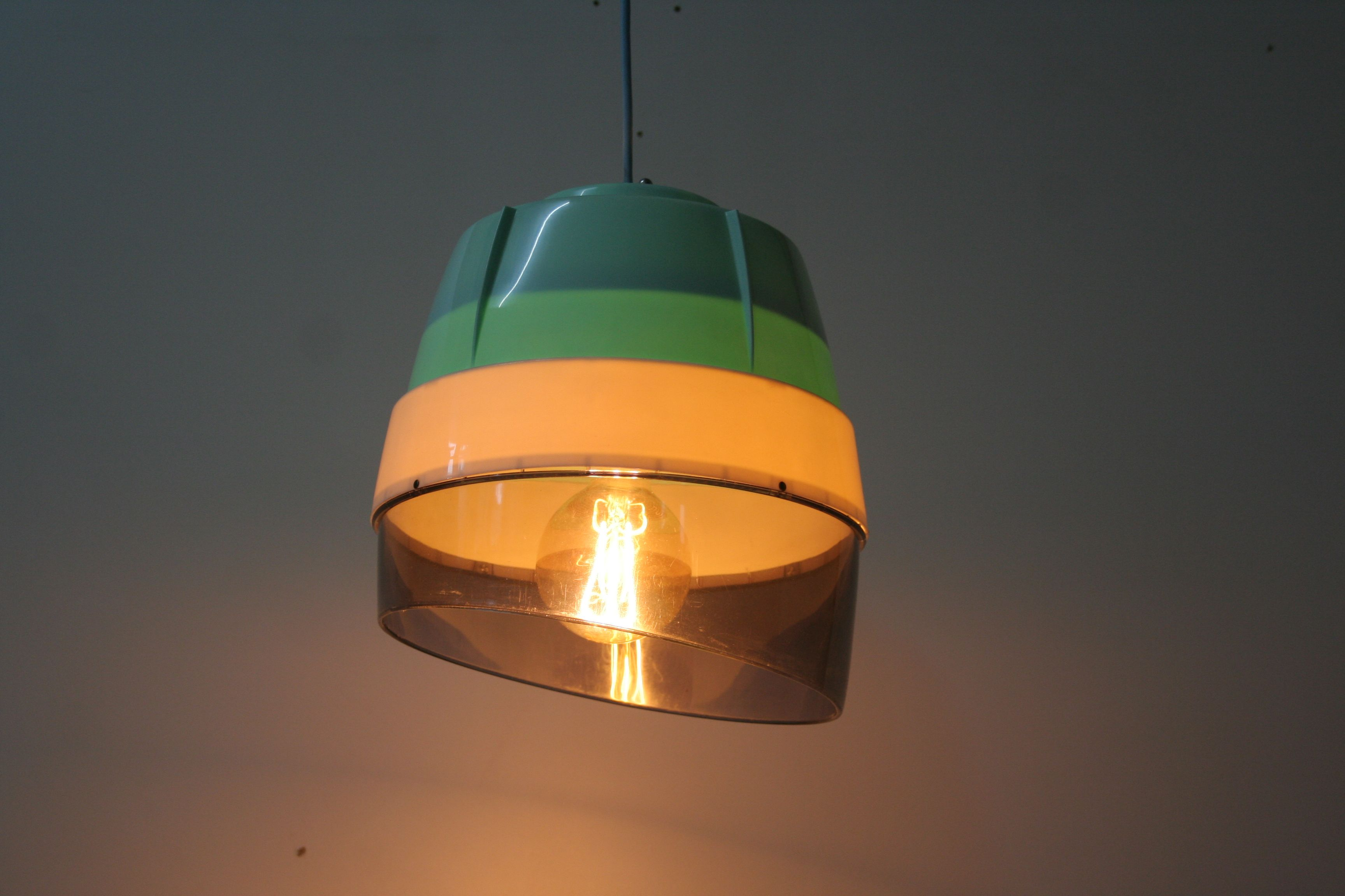 Hangelampe Aus Alter Trockenhaube Upcycling Upcycling Lampe Hange Lampe