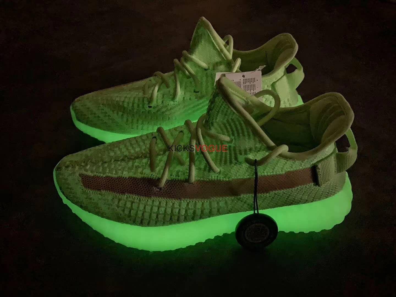 Yeezy Boost 350 V2 Glow In the Dark Neon Green in 2019