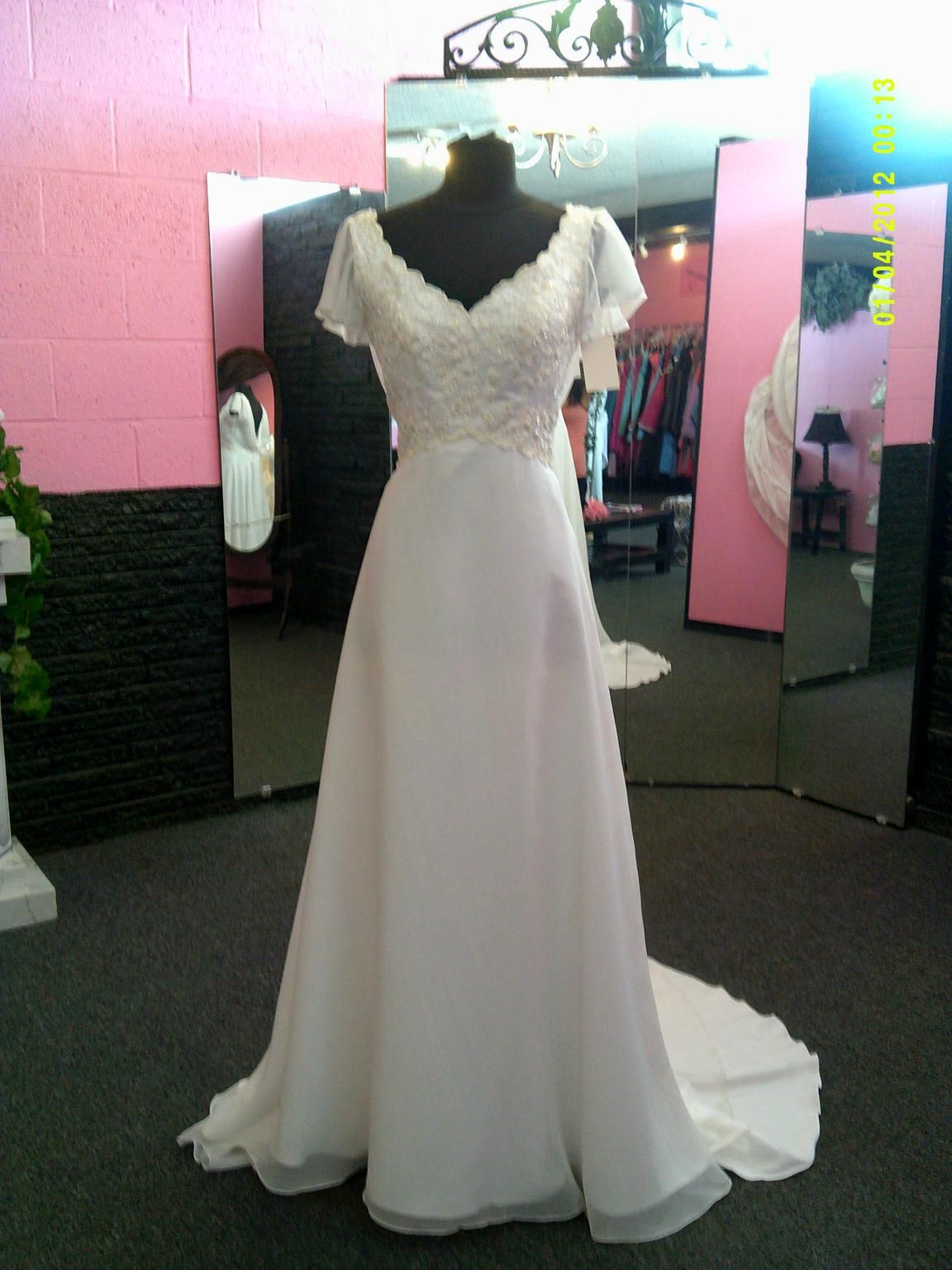 Priscilla of boston wedding dresses  Other   Size   Sample Wedding Dresses  Wedding Dreams