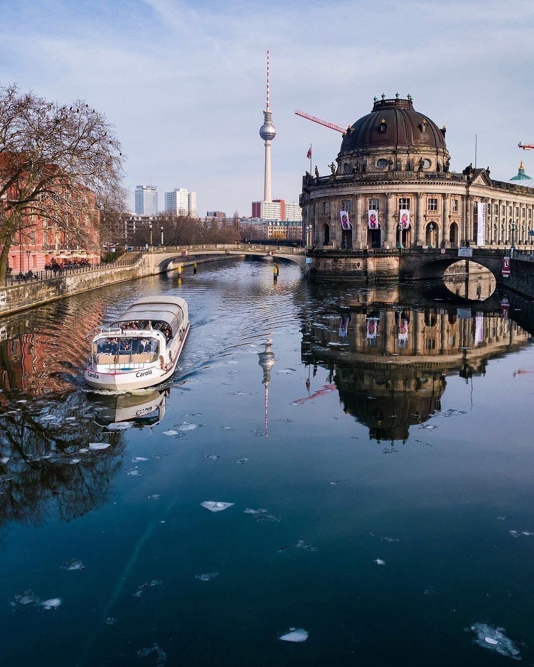 Best Berlin Photos On Instagram Explore The Most Beautiful Places In Berlin Best Berlin Photos Most Beautiful Places Berlin Photos Beautiful Places
