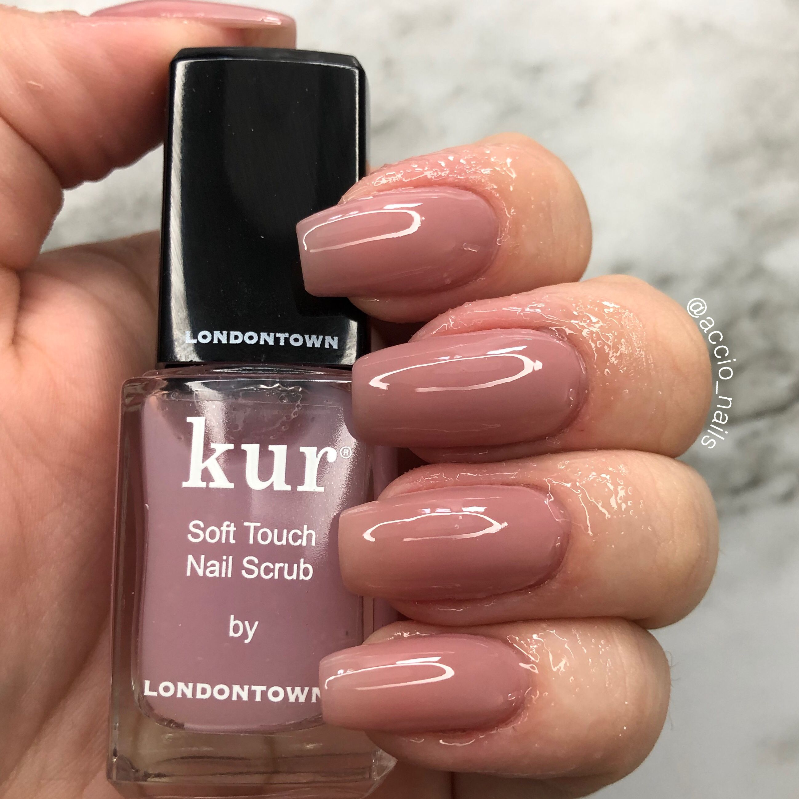 Get Yourself The Best Fitness Products For Your Home Www Fitrendys Com Up To 75 Off Natural Looking Nails Nail Polish Artificial Nails