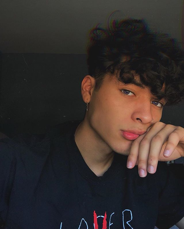 Gio Giovanny Instagram Photos And Videos Cute Teenage Boys Light Skin Boys Cute Boys