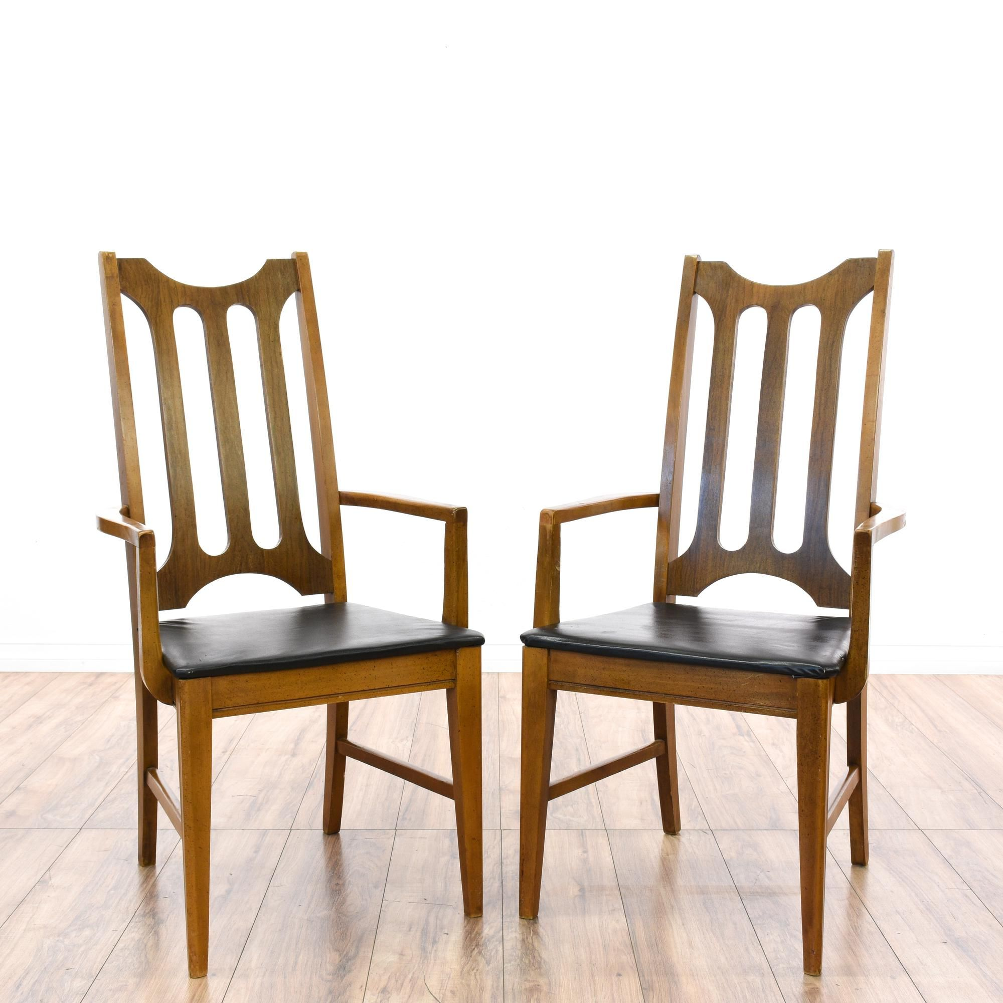 Best This Pair Of Mid Century Modern Accent Chairs Are Featured 400 x 300