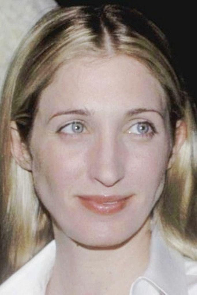 mrs carolyn jeanne bessette kennedy january 7 1966 july 16 1999 was the wife of john f kennedy beauty favorites beauty carolyn bessette kennedy style pinterest