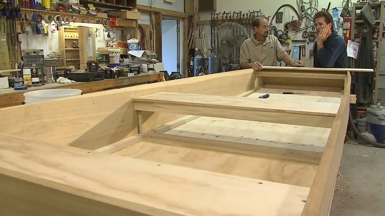 How to build your own Homemade Flat Bottomed Boat from Start to ...
