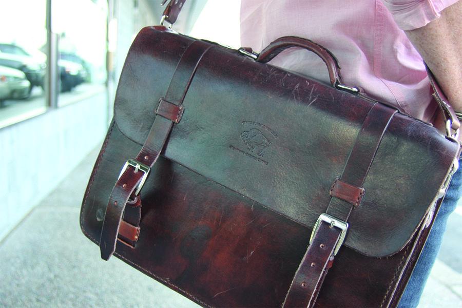 white buffalo republic fairview messenger bag gear pinterest