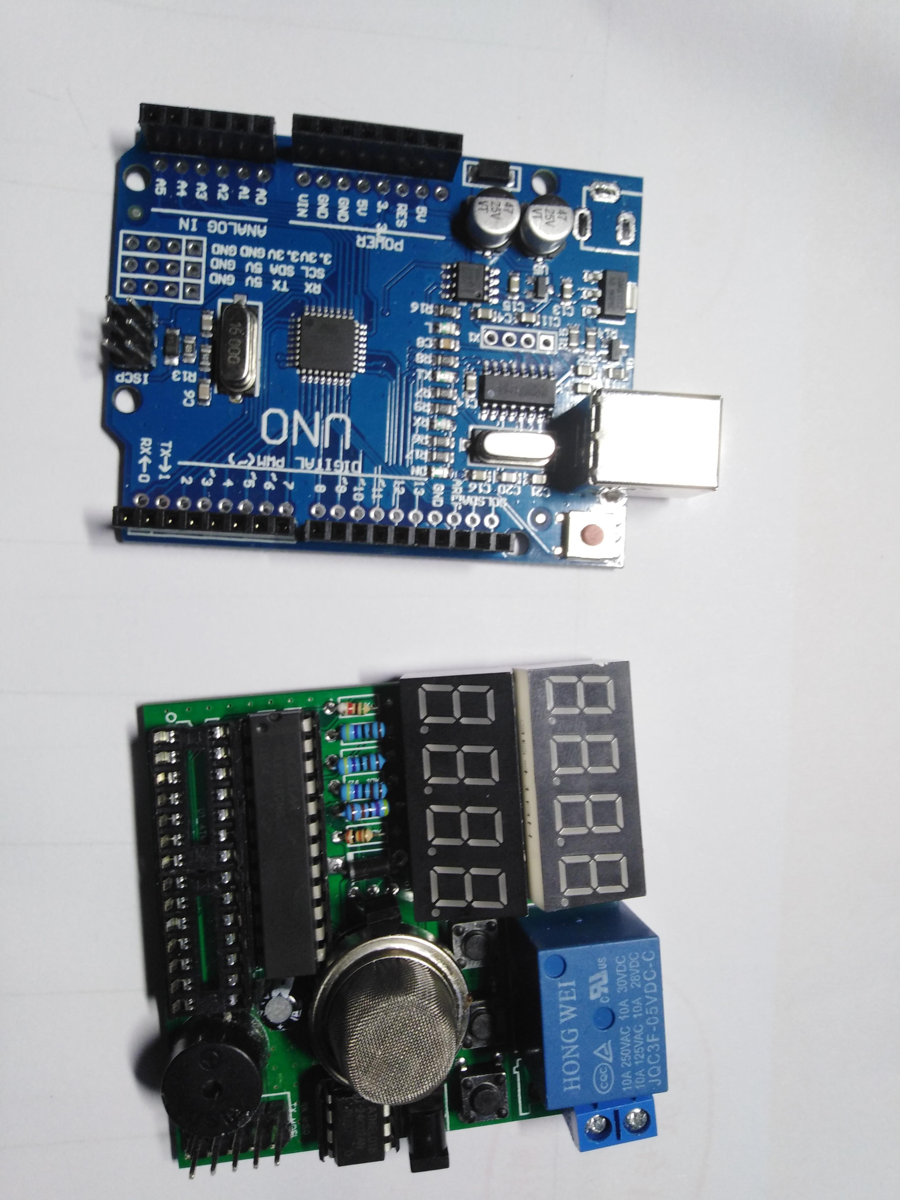 DIY a smoke alarm & relay by Arduino. in 2020 Arduino