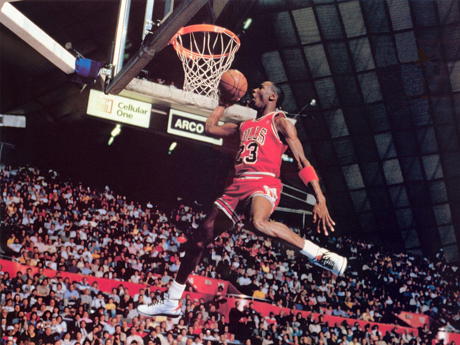 Michael Jordan Dunk Wallpaper Basketball Wallpapers At 1024 768