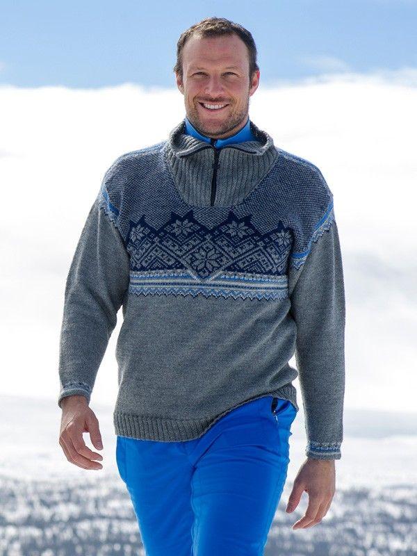 Sesongens offisielle alpingenser bærer navnet Glittertind. Den har mønstret bærestykke og sporty glidelås i halsen. Nivå: Krevende. Garnkvalitet: Daletta (100 % ull, superwash). Fasthet: 28 masker på pinne 3 = 10 cm.For damestørrelser, velg Alpingenser 2016 dame.