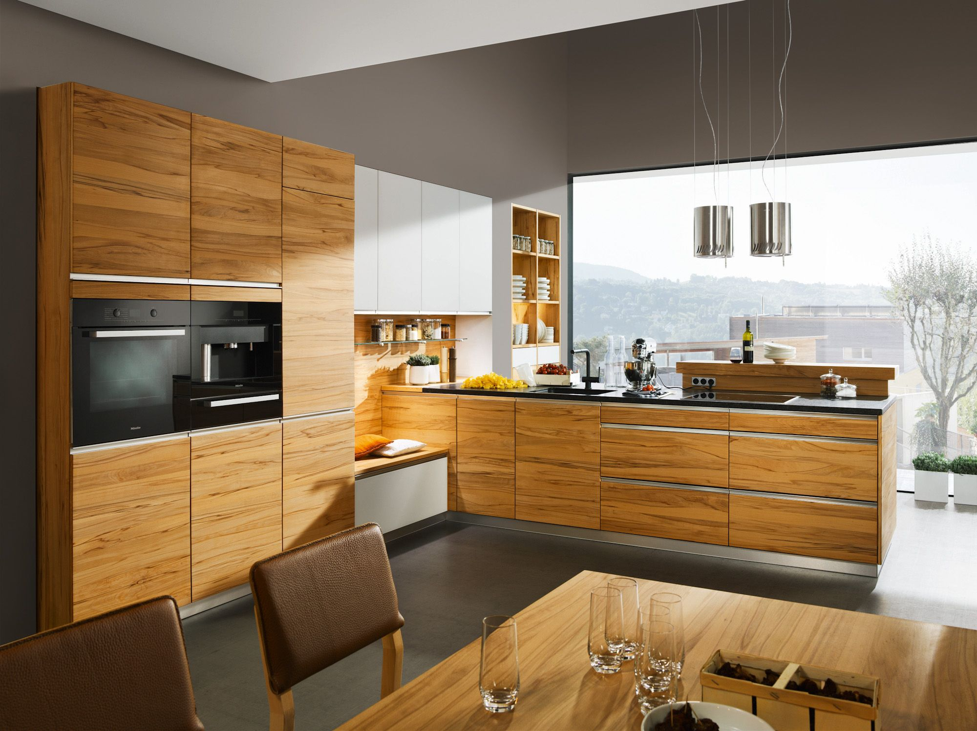Küche | Kernbuche massiv | geölt | modern | Wohnküche | grifflos ...