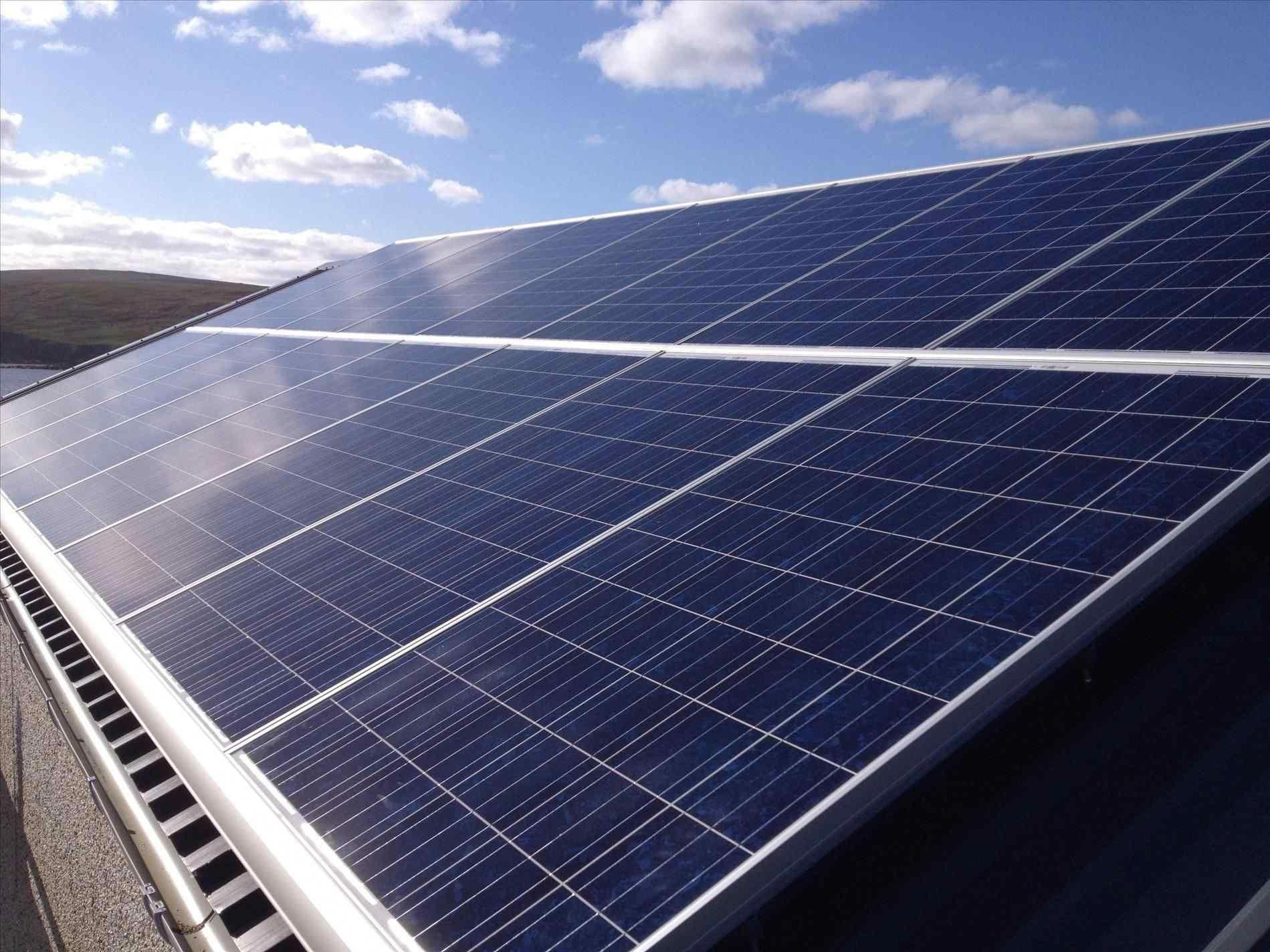 Marvellous Solar Panel Shingles Manufacturers Solar Offers Many Incentives Commercial Panel 6 Solar Panels Ont In 2020 Solar Panels Metal Roof Solar Panel Shingles