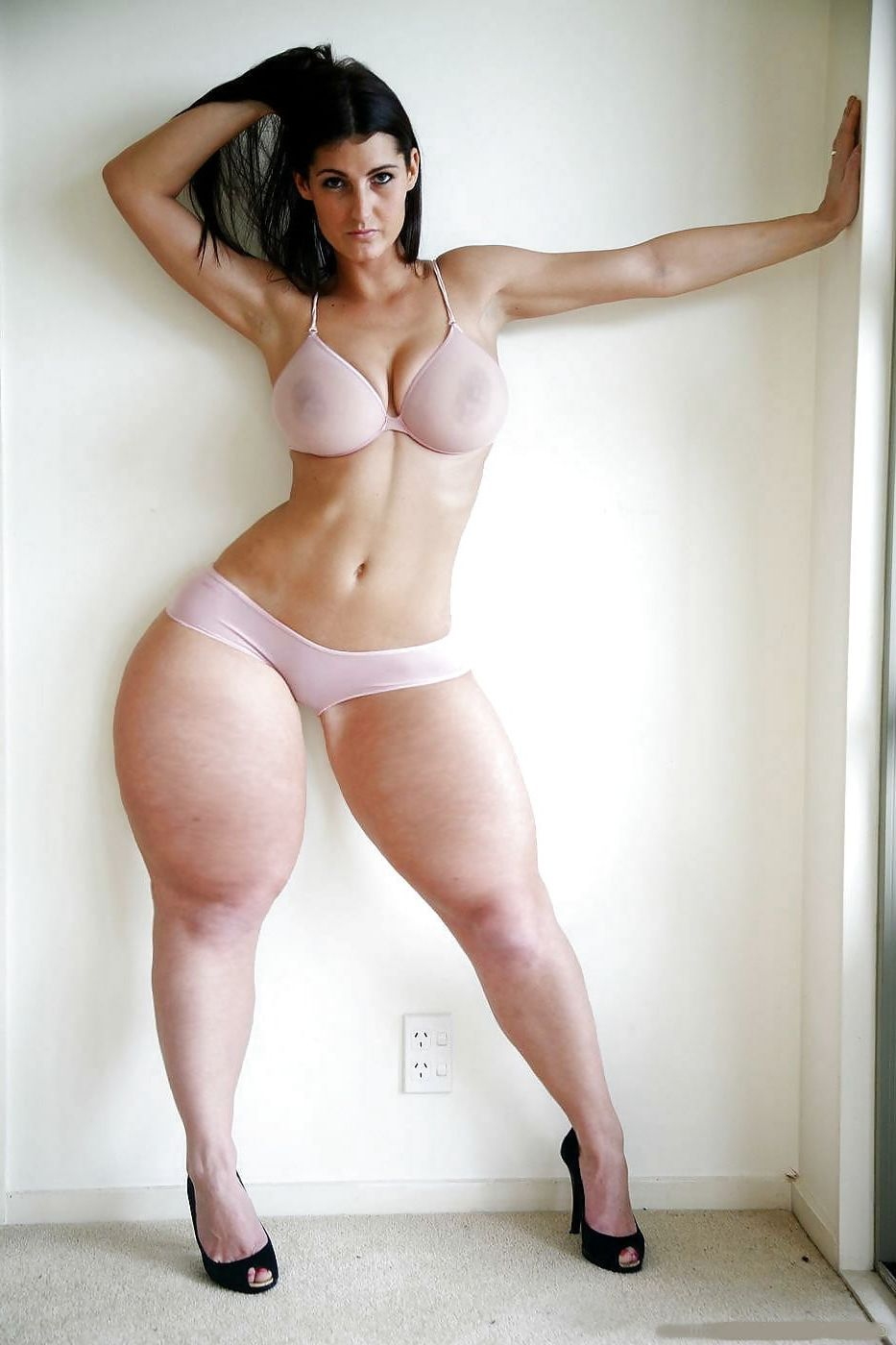 Porn model nude Thick