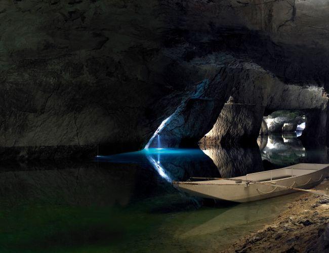 Was Ist Souterrain lac souterrain st léonard valais lausanne