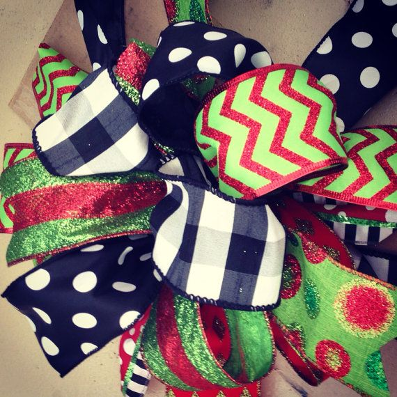 Christmas wreath bow // Red // Green // Black // White // Burlap // Tree topper on Etsy, $12.00 ...