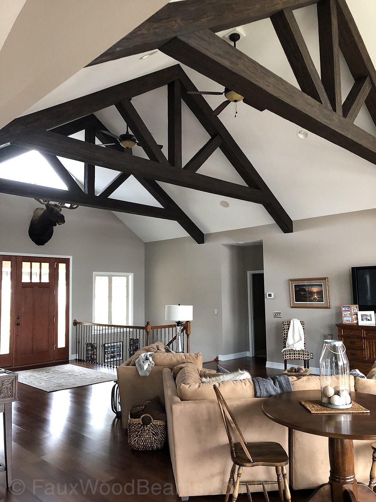Room In Attic Truss Design: Stunning Home Interior Pictures