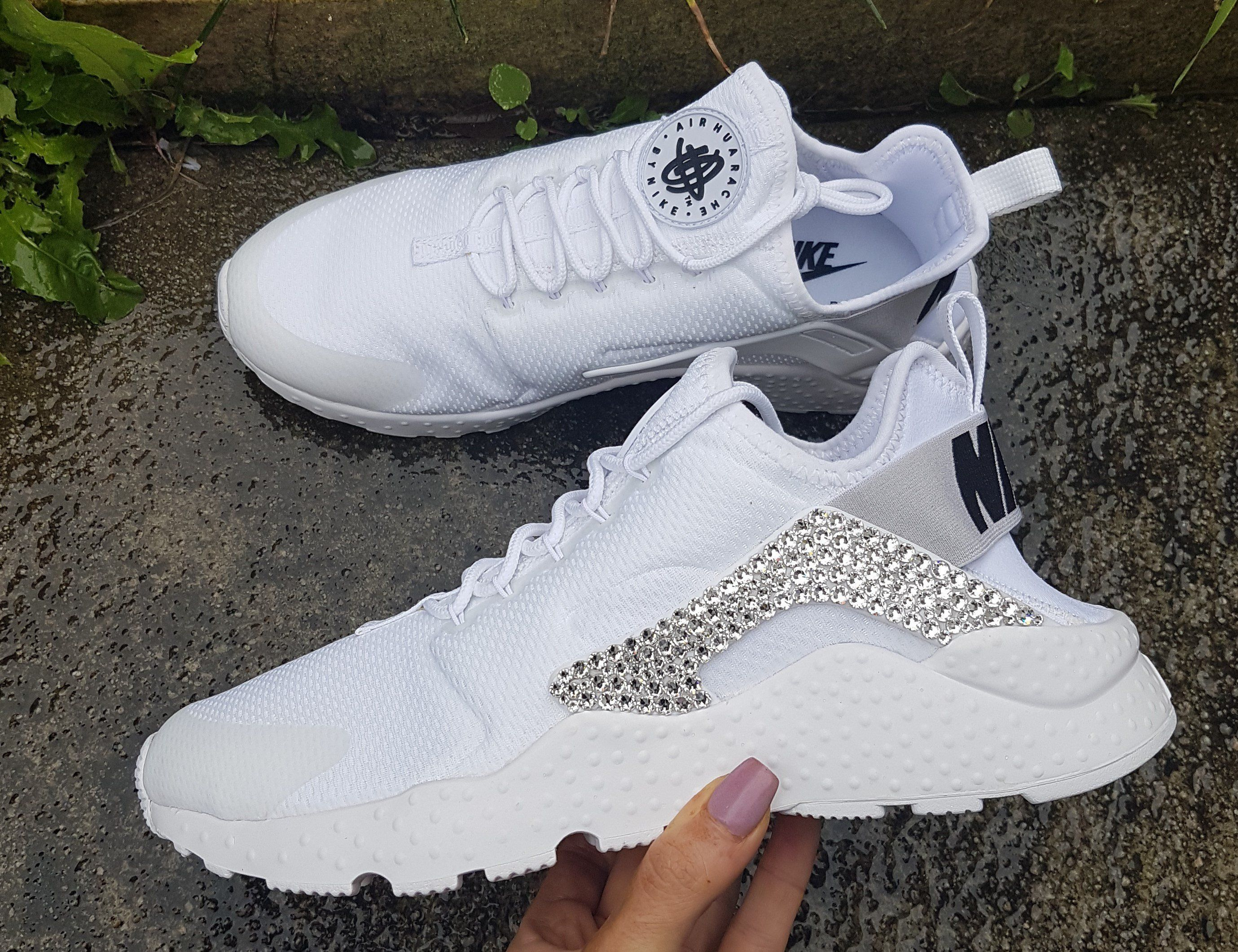 Nike Women Air Huarache Ultra (White) – Diamond Kicks  206ca41c5