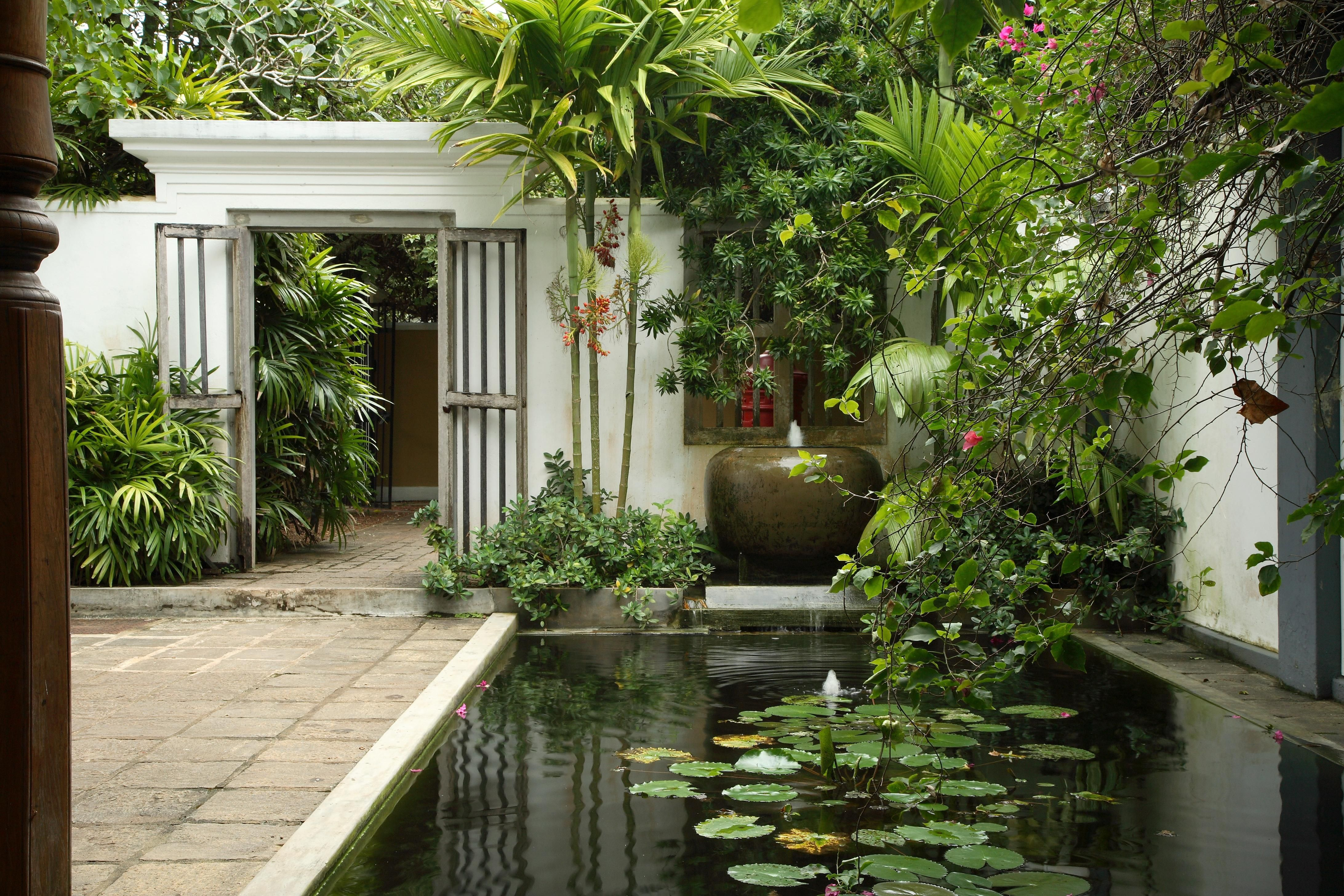The Life And Works Of Geoffrey Bawa Colombo Luxury Garden Design Luxury Garden Garden Design