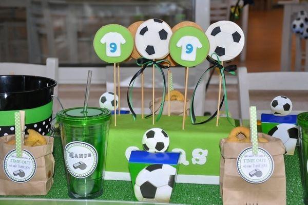 Deko Fur Geburtstagsparty Kinder Basteln Fussball Aufkleber