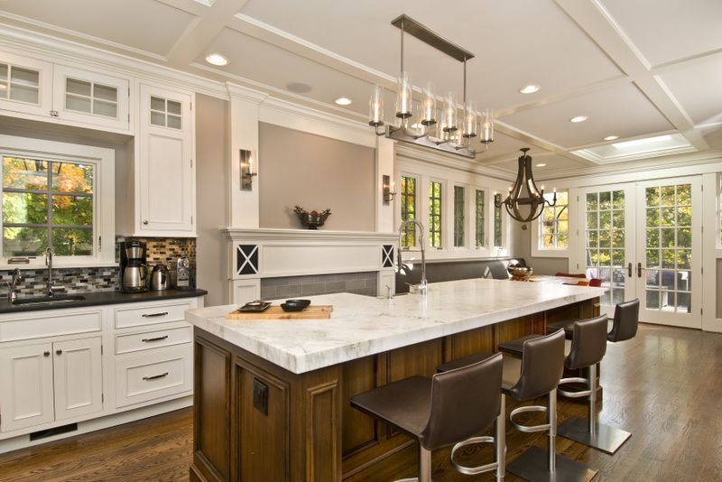 1000 images about kitchen islands designs and ideas on pinterest kitchens with islands modern kitchens and islands