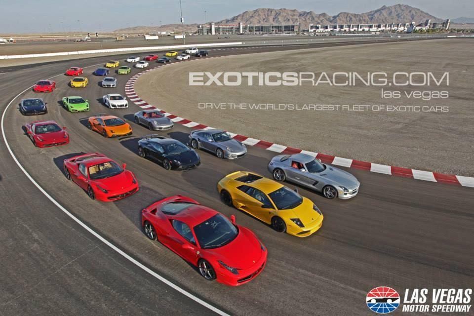 13 carros. Ferrari, Lamborghini, Porsche, McLaren, Mercedes, Nissan
