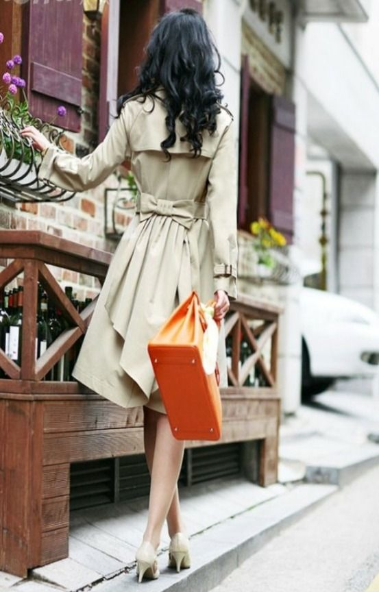 Adorable bow back trench coat