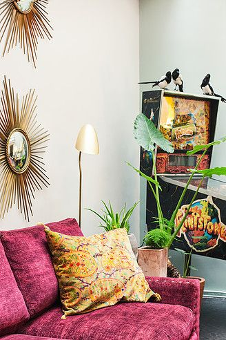 Casinha colorida: Home Tour: retrô com fliperama