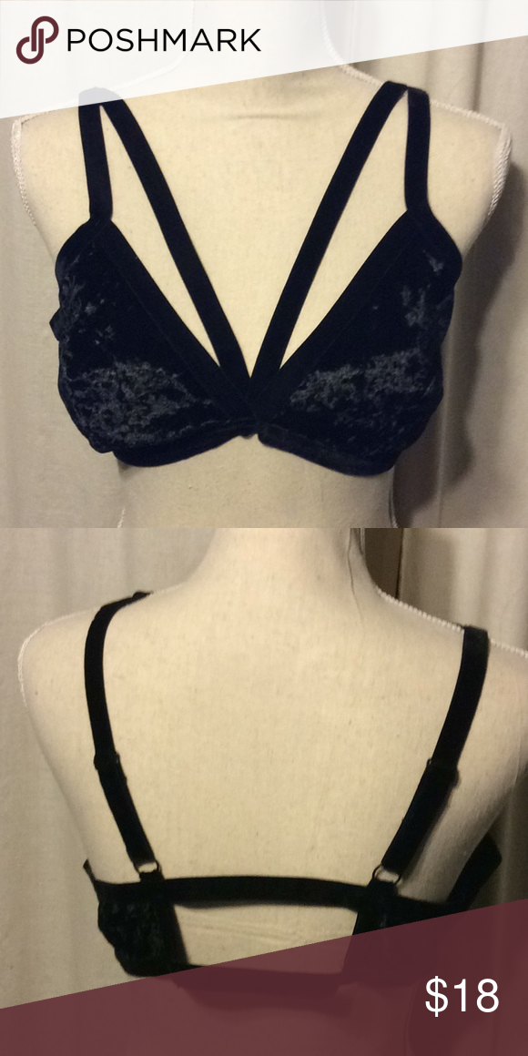 65700ce0da2dc NWOT BOUTIQUE 2Xl Bralette NWOT bought as boutique item never worn. Black  velvet Didn t come with tags Intimates   Sleepwear Bras