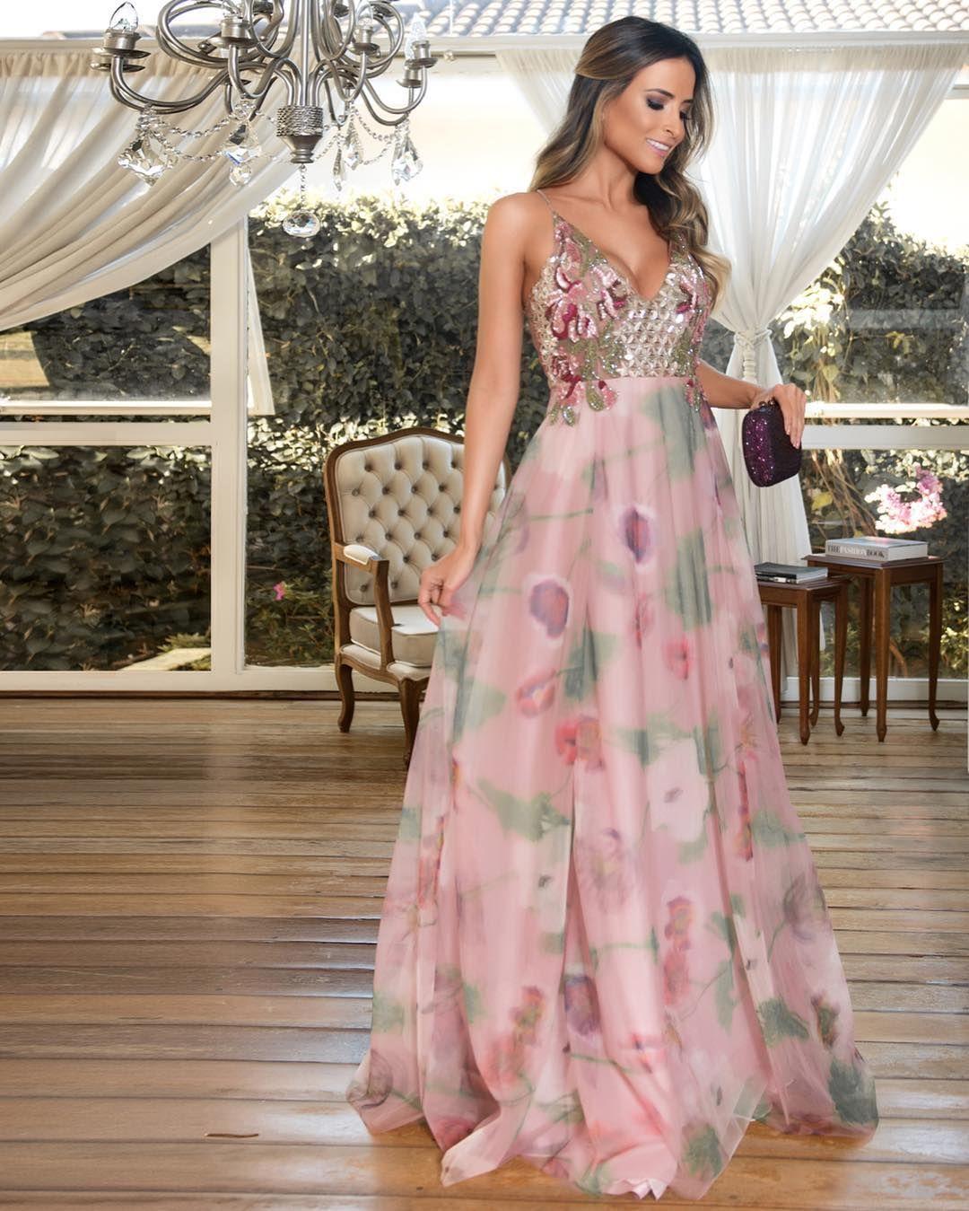 Resultado de imagem para vestido sofisticado com bordados