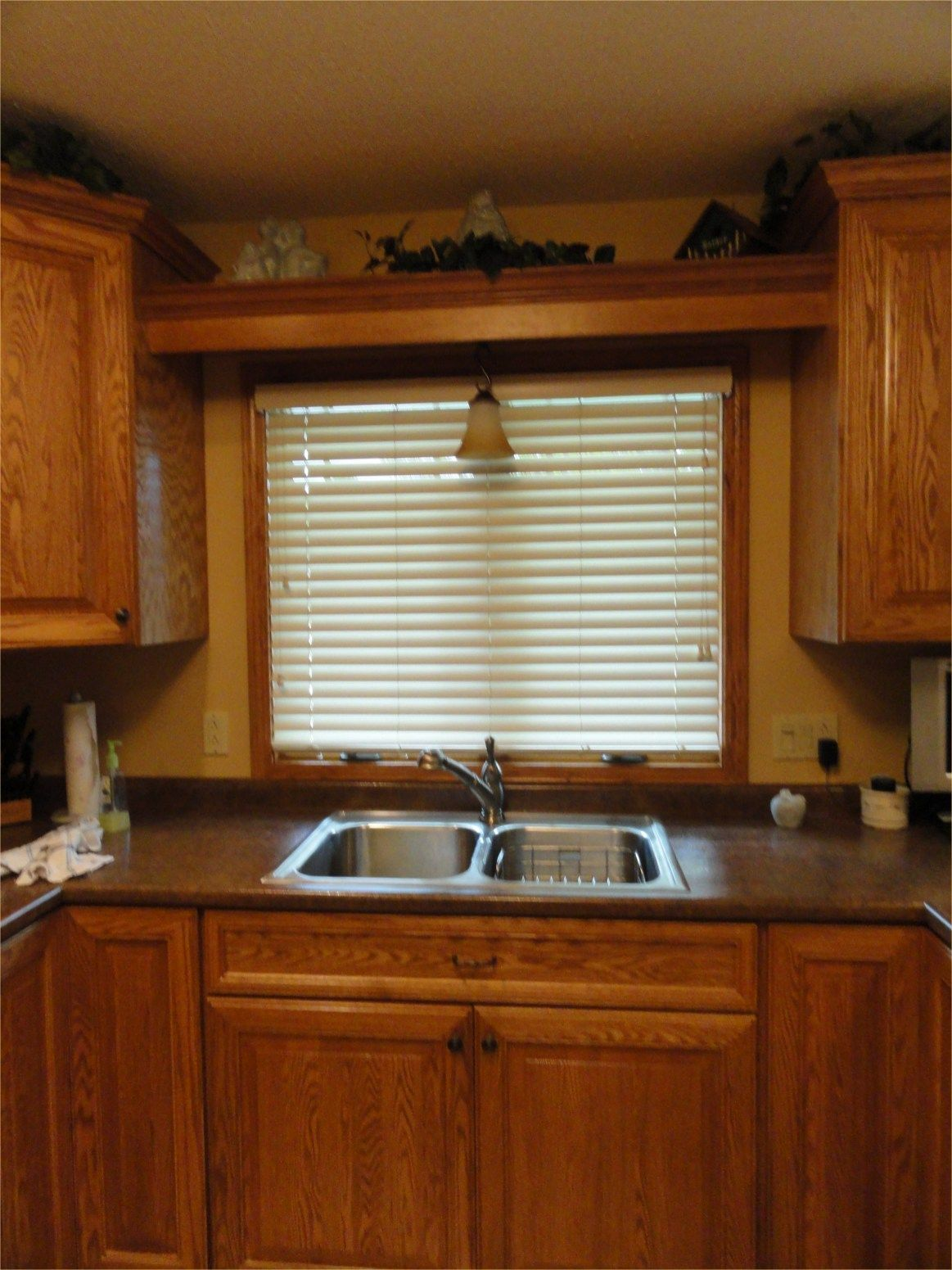 how to clean wooden blinds in kitchen