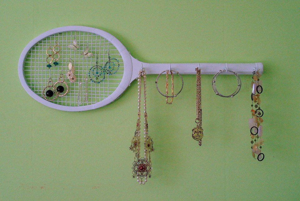 Tennis racket organization