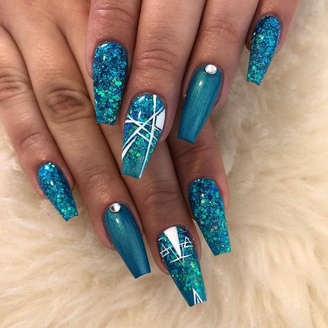 Beautiful Autumn Nail Art Design To Try This Autumn Coffin Nails Designs Winter Nails Acrylic Teal Nails