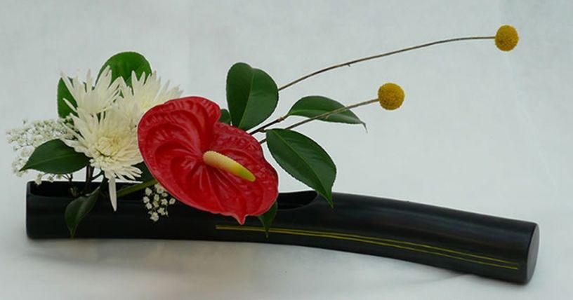 Pin By Popie Nabule On Arranjos Ikebana Ikebana Flower Arrangement Ikebana Flower Arrangement Designs