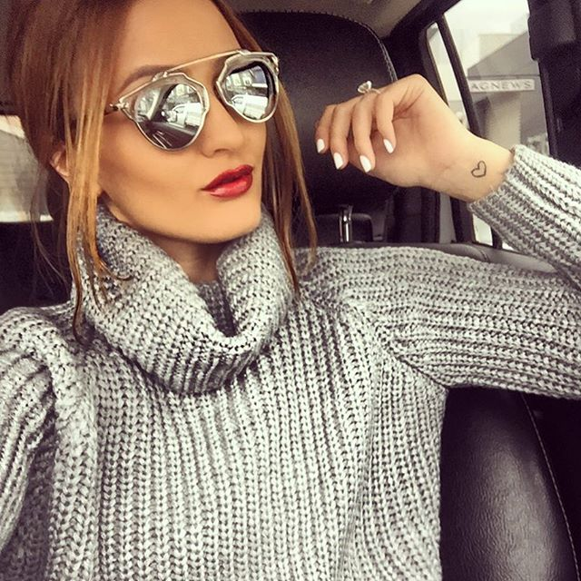 The perfect grey knit for this freezing Melbourne weather - Thank you @jadenatalijadresses X