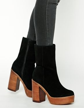 YES 100X YES  ASOS KISS AND TELL Suede Boots