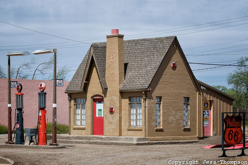 old gas stations photos | Old Gas Station Turkey Texas 9688 | Cottonwood Photography