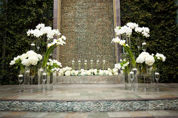 ceremony backdrop (by christine bentley photography)