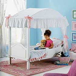 this is kindof the idea I have to convert Laurens crib into a canopy toddler bed & this is kindof the idea I have to convert Laurens crib into a ...