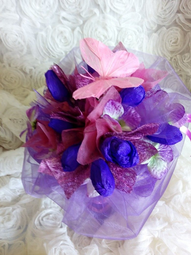Chocolate bouquet on pinterest candy flowers bouquet of chocolate - Buket Od Bonbona Candy Bouquetbouquetschocolate