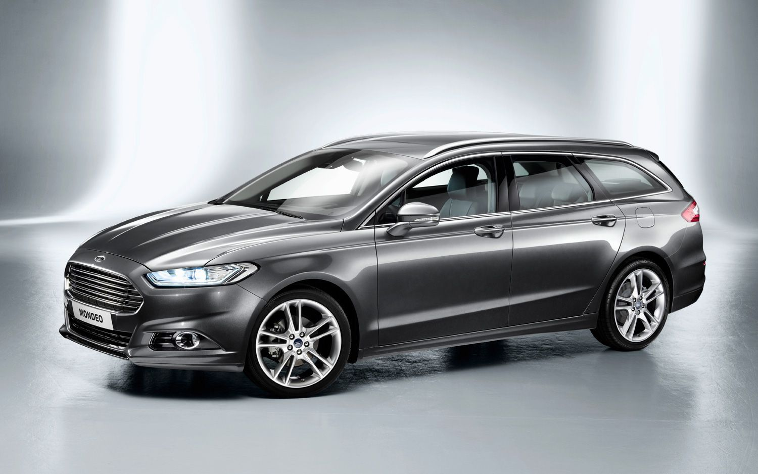 Fusion Based Ford Mondeo Hatchback And Wagon Debut In Europe